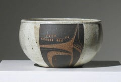 Modernist Three-Panel Encised and Glazed Ceramic Bowl