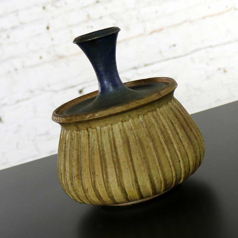 American Joel Edwards Stoneware Lidded Vessel Mid-Century Modern For Sale