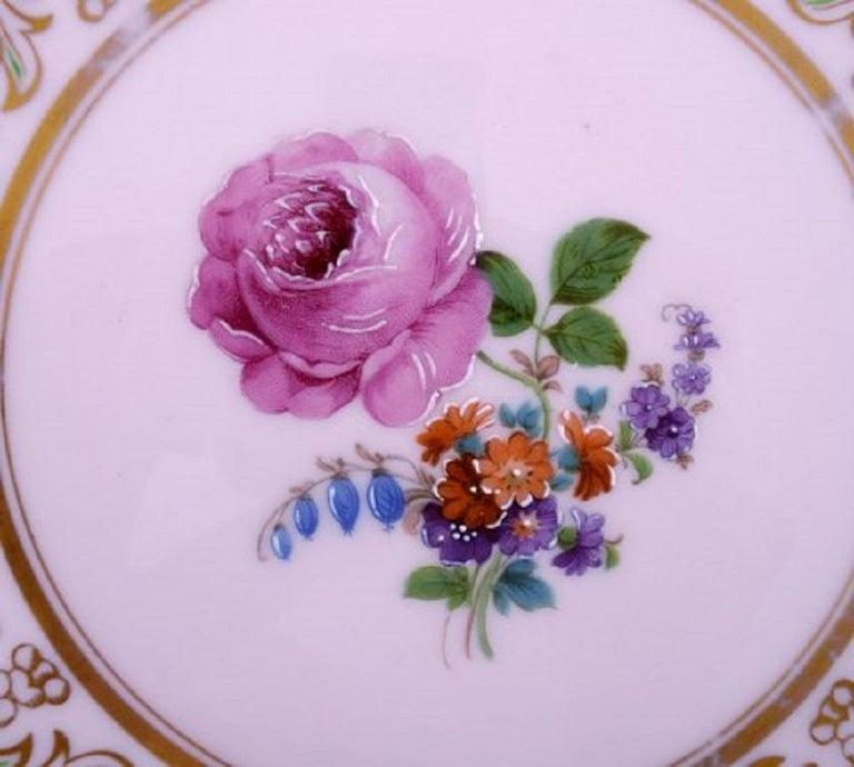Johann Haviland Bavaria, Germany, 14 Decorative Plates in Hand Painted Porcelain In Good Condition For Sale In Copenhagen, Denmark