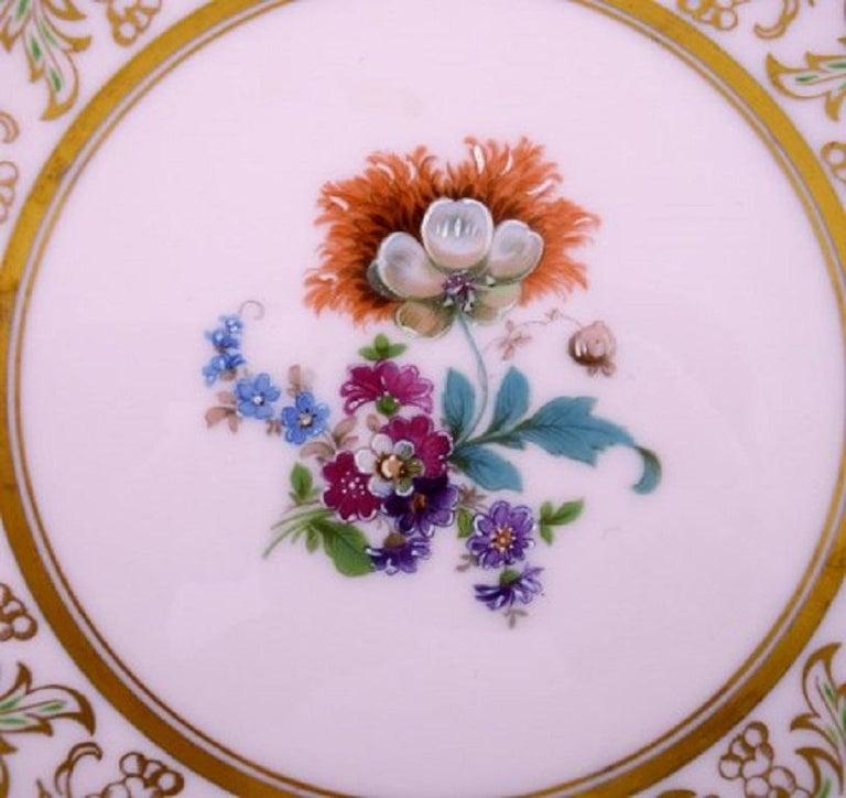 Mid-20th Century Johann Haviland Bavaria, Germany, 14 Decorative Plates in Hand Painted Porcelain For Sale