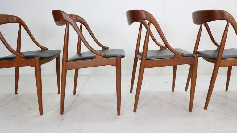 Johannes Andersen 6 Teak Dinning Chairs for Uldum Møbelfabrik, 1960s, Denmark For Sale 7