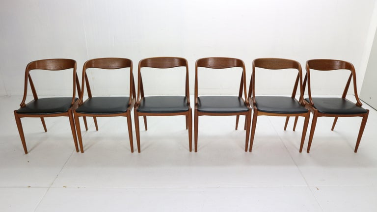 Scandinavian Modern Johannes Andersen 6 Teak Dinning Chairs for Uldum Møbelfabrik, 1960s, Denmark For Sale