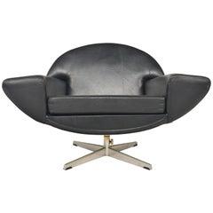 Johannes Andersen Capri Lounge Chair in Leather