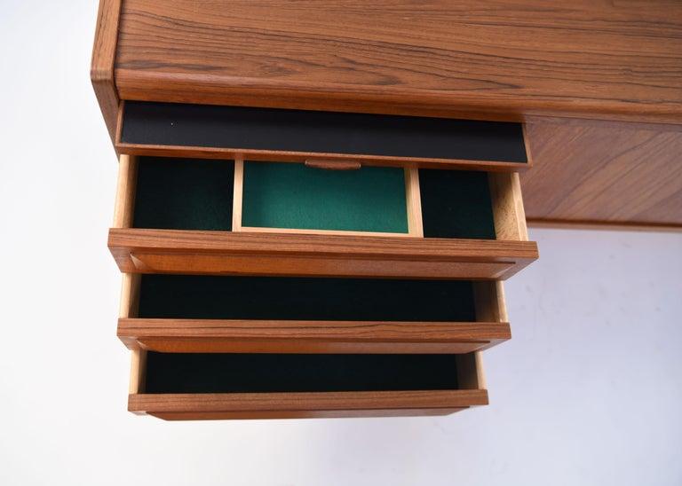 Johannes Andersen Danish Midcentury Teak Sideboard For Sale 1