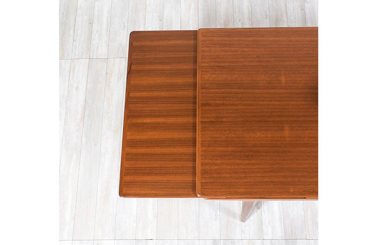 Johannes Andersen Draw Leaf Dining Table for Uldum Møbelfabrik For Sale 3