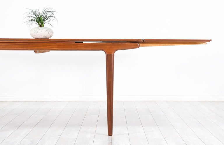 Johannes Andersen Draw Leaf Dining Table for Uldum Møbelfabrik For Sale 5