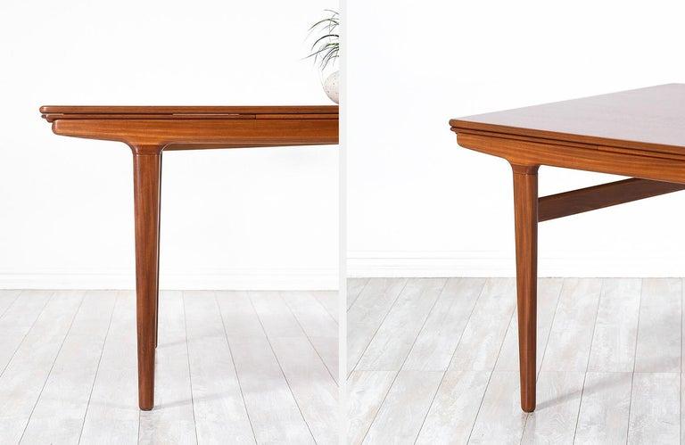 Johannes Andersen Draw Leaf Dining Table for Uldum Møbelfabrik For Sale 6