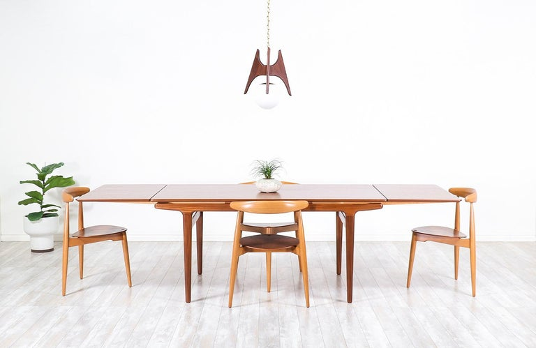 Danish Johannes Andersen Draw Leaf Dining Table for Uldum Møbelfabrik For Sale