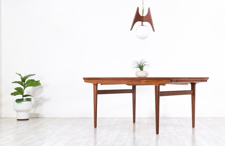 Teak Johannes Andersen Draw Leaf Dining Table for Uldum Møbelfabrik For Sale