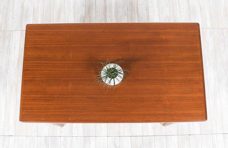 Johannes Andersen Draw Leaf Dining Table for Uldum Møbelfabrik For Sale 1