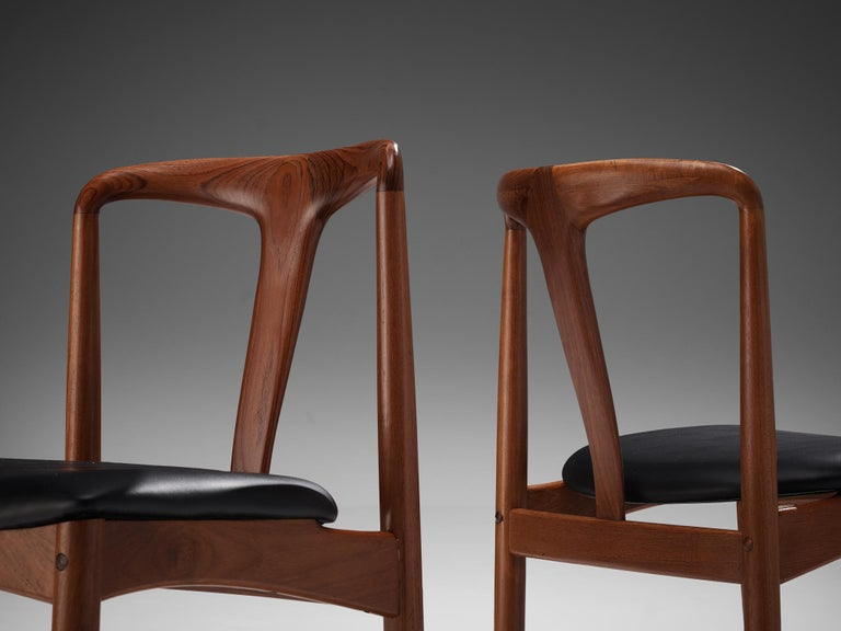 Johannes Andersen 'Juliane' Dining Chairs in Teak In Good Condition For Sale In Waalwijk, NL