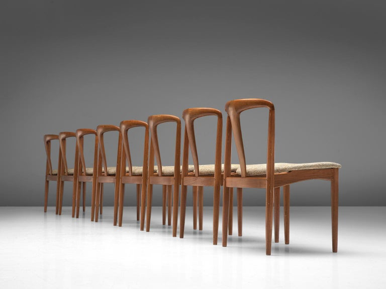 Mid-Century Modern Johannes Andersen 'Juliane' Set of Eight Dining Chairs in Teak For Sale