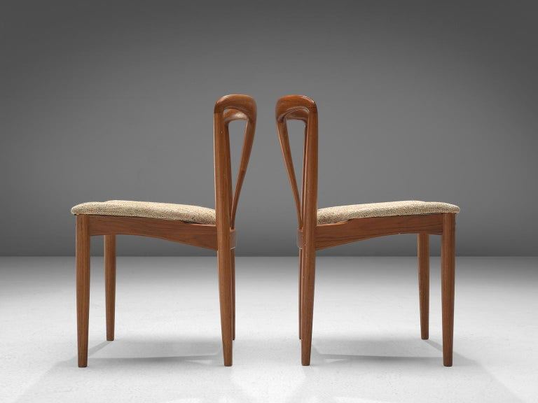 Johannes Andersen 'Juliane' Set of Eight Dining Chairs in Teak In Good Condition For Sale In Waalwijk, NL
