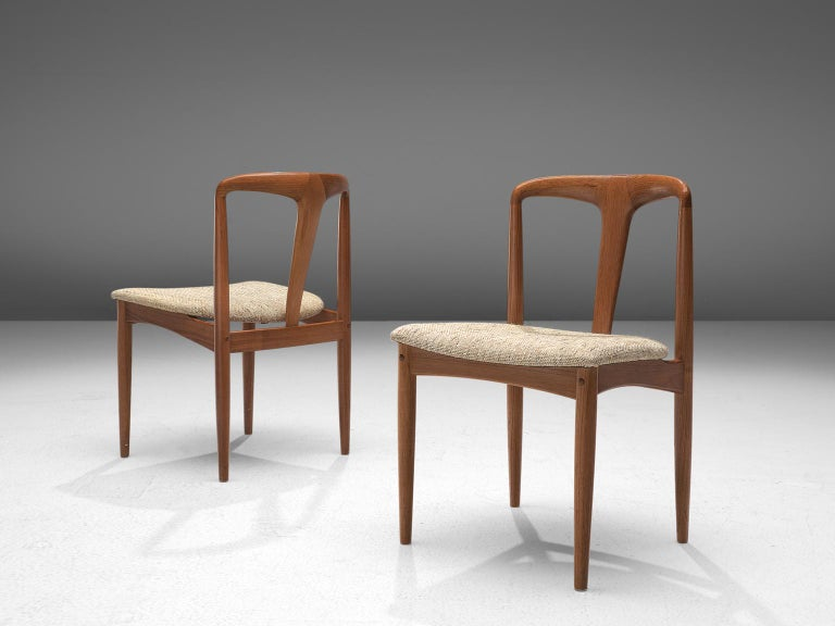 Mid-20th Century Johannes Andersen 'Juliane' Set of Eight Dining Chairs in Teak For Sale