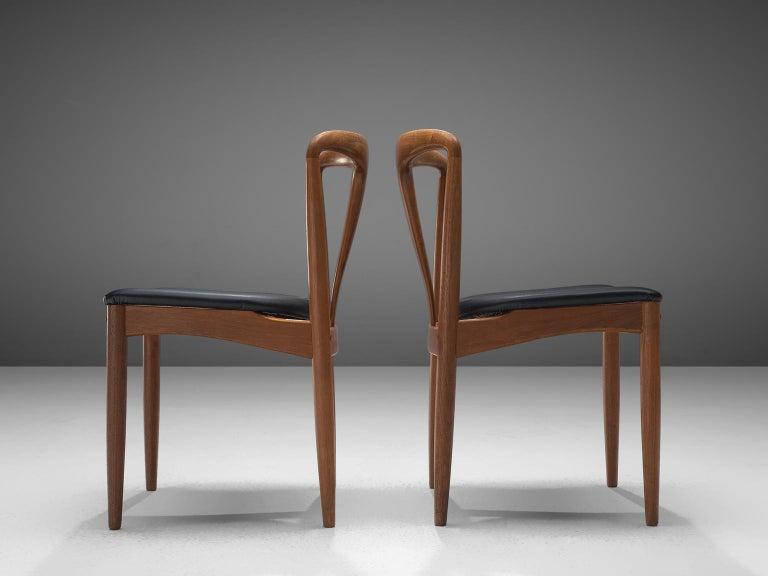 Johannes Andersen Large Set 'Juliane' Dining Chairs in Teak In Good Condition In Waalwijk, NL