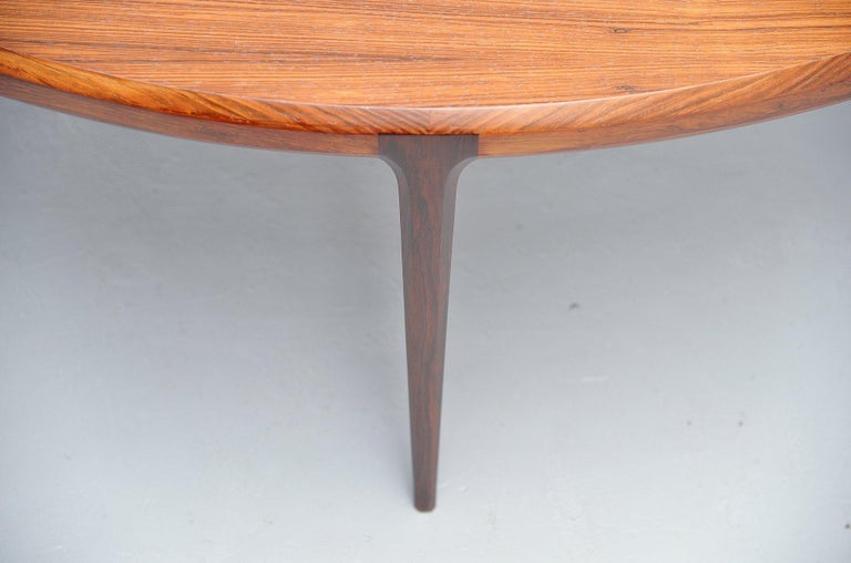 Johannes Andersen Moon Shaped Coffee Table Silkeborg 1960 In Excellent Condition For Sale In Roosendaal, Noord Brabant