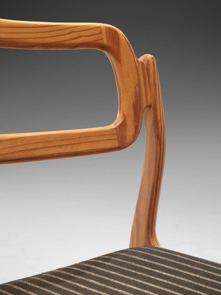 Johannes Andersen Set of Ten Dining Chairs in Oregon Pine For Sale 3