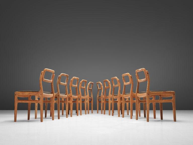 Johannes Andersen Set of Ten Dining Chairs in Oregon Pine In Good Condition For Sale In Waalwijk, NL