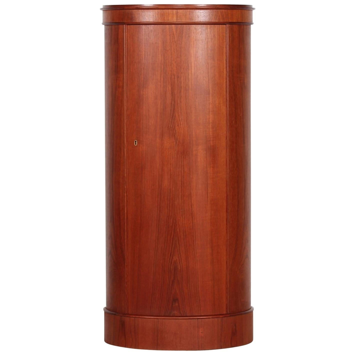 Johannes Sorth Danish Modern Oval Pedestal Cupboard made of Teak, Denmark, 1960s