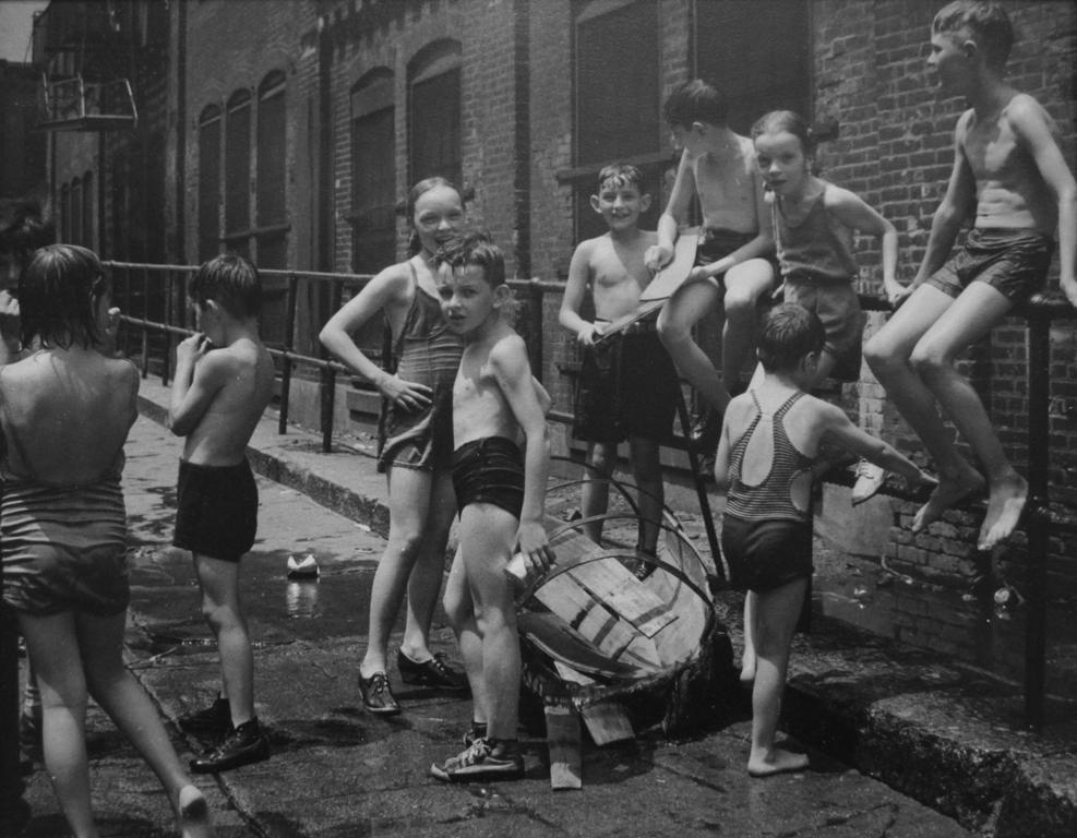 Street Bathing