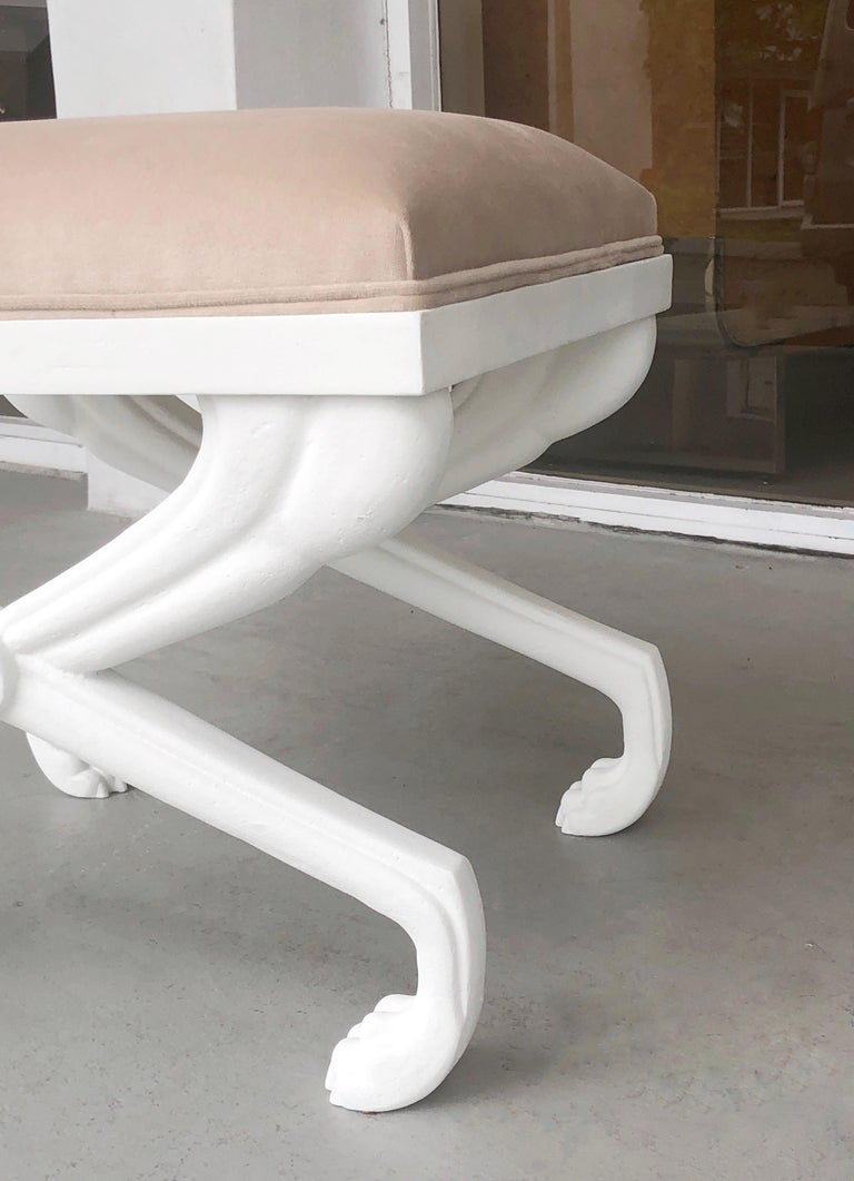John Dickinson Style Modern Paw Stool Bench In Good Condition For Sale In Miami, FL