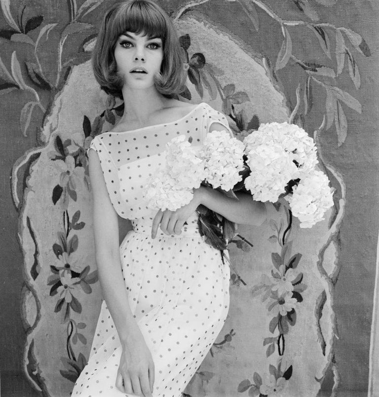 John French Sloan Figurative Photograph - V&A - John French - Shrimpton Modelling - Limite Edition