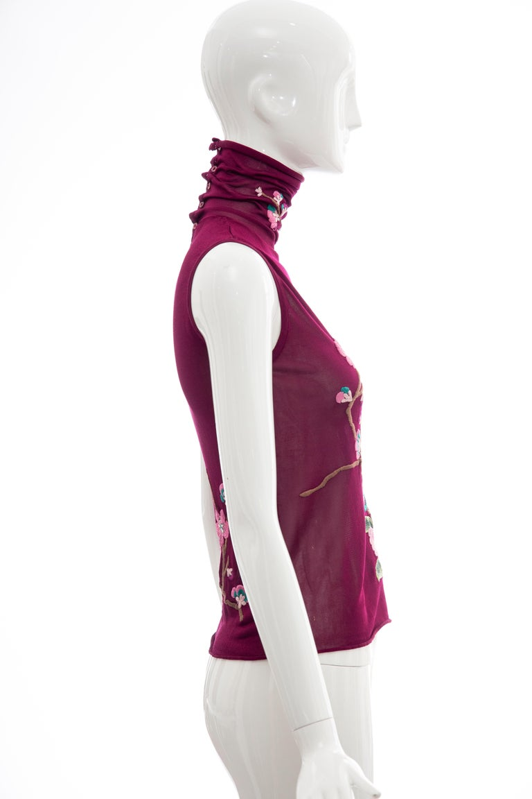 John Galliano for Christian Dior Embroidered Sleeveless Top, Fall 2003 In Excellent Condition For Sale In Cincinnati, OH