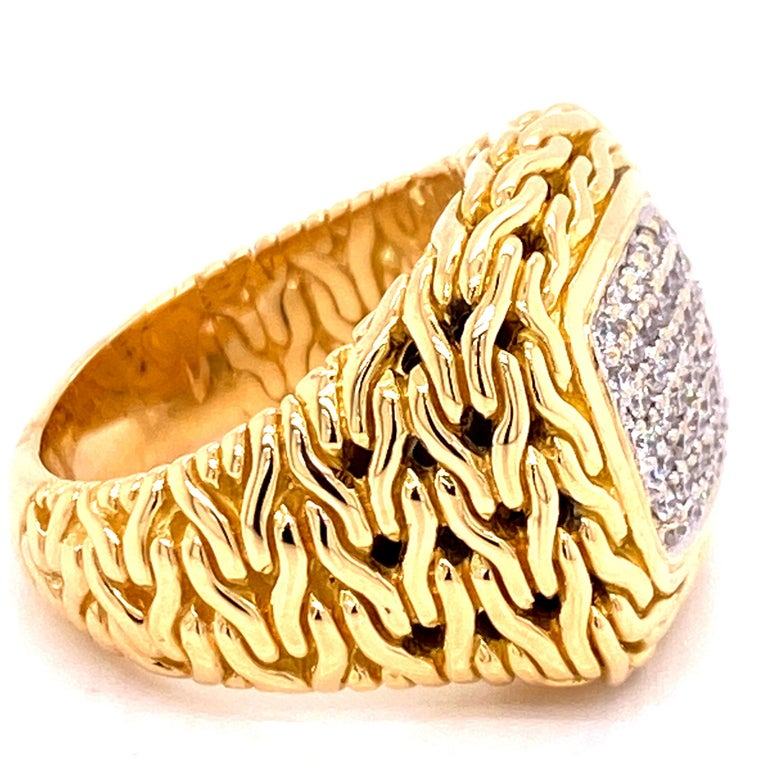 Round Cut John Hardy Diamond Signet 18 Karat Yellow Gold Ring For Sale