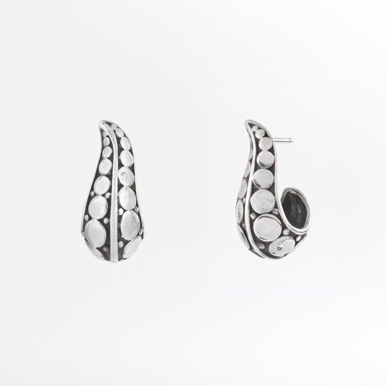 "JOHN HARDY ""Dot"" Silver Black Carved Geometric Circle J Hoop Pierced Earrings   Brand / Manufacturer: John Hardy Collection: ""Dot"" Collection Style: J Hoop earrings Color(s): Silver, black Unmarked Material: Earring Body: Silver;  Backing:"