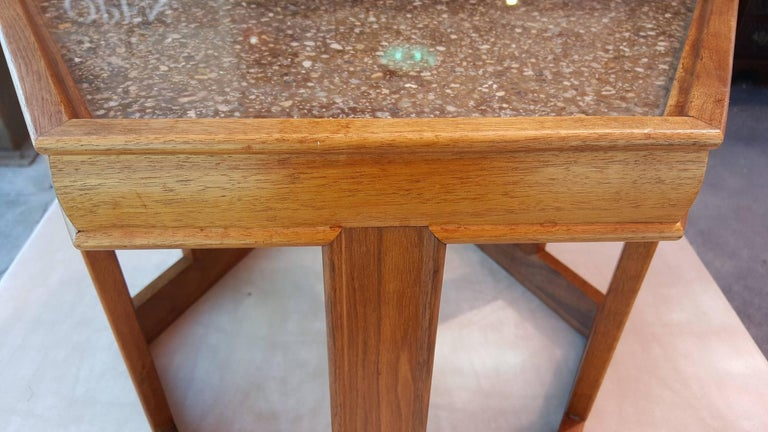 John Keal End Table In Good Condition For Sale In Fulton, CA