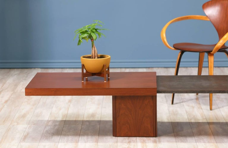 John Keal Expanding Coffee Table for Brown Saltman In Excellent Condition For Sale In Los Angeles, CA