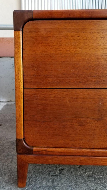 Mid-Century Modern John Keal for Brown Saltman End Table For Sale