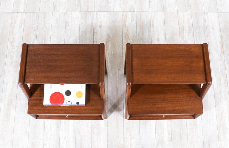 John Keal Two-Tier Nightstands for Brown Saltman In Excellent Condition For Sale In Los Angeles, CA