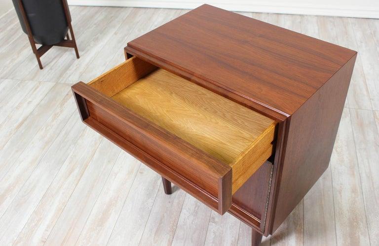 John Keal Walnut Nightstands for Brown Saltman For Sale 1