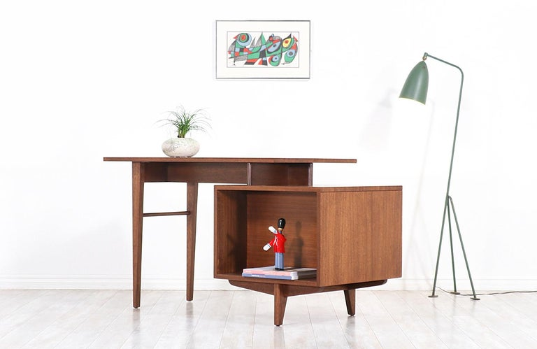John Keal Writing Desk with Bookshelf for Brown Saltman In Excellent Condition For Sale In Los Angeles, CA