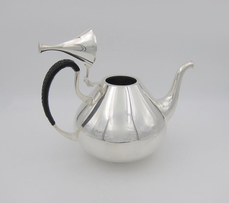 Mid-Century Modern John Prip Midcentury Dimension Coffee Pot for Reed & Barton For Sale