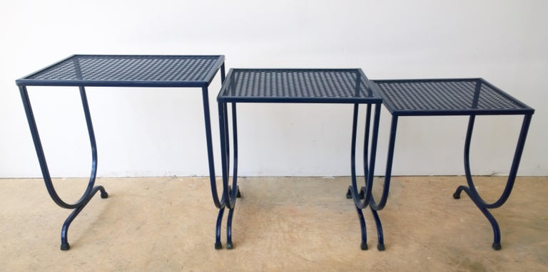 S/3 Salterini Newly Enameled Blue Wrought Iron Patio Stacking / Nesting Tables For Sale 8