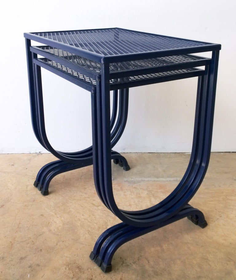 Mid-Century Modern S/3 Salterini Newly Enameled Blue Wrought Iron Patio Stacking / Nesting Tables For Sale