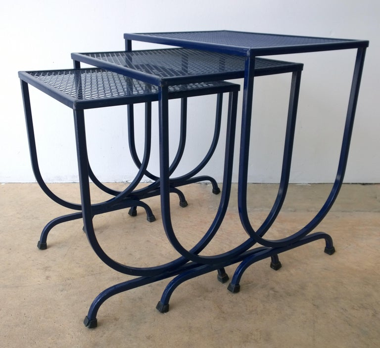S/3 Salterini Newly Enameled Blue Wrought Iron Patio Stacking / Nesting Tables For Sale 1