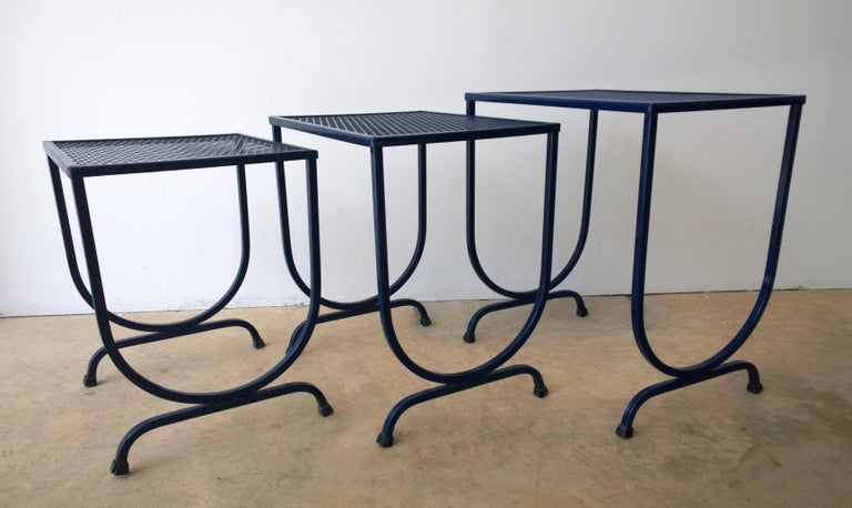 S/3 Salterini Newly Enameled Blue Wrought Iron Patio Stacking / Nesting Tables For Sale 3