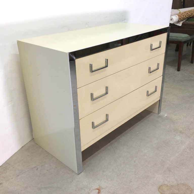 Mid-Century Modern John Stuart Chrome and Lacquered Chest of Drawers For Sale