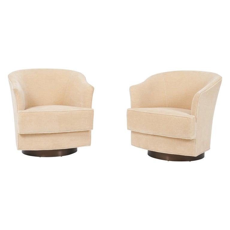 John Stuart Swivel Chairs, 1960s For Sale