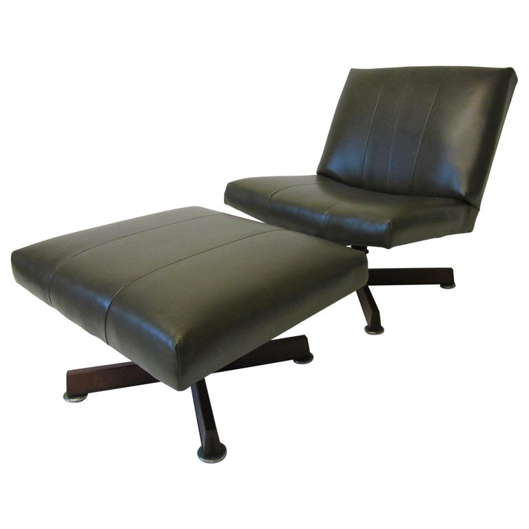 John Stuart Swiveling Leather Lounge Chair with Ottoman For Sale
