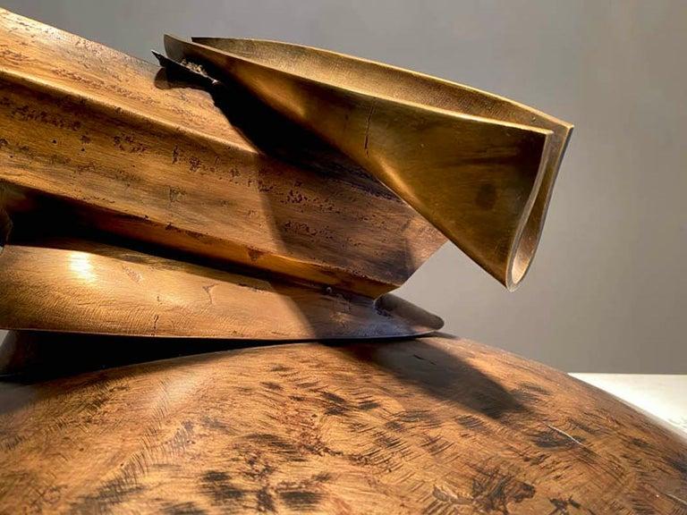 Pyxis Awry 2021 (pontiac) - Contemporary Sculpture by John Van Alstine