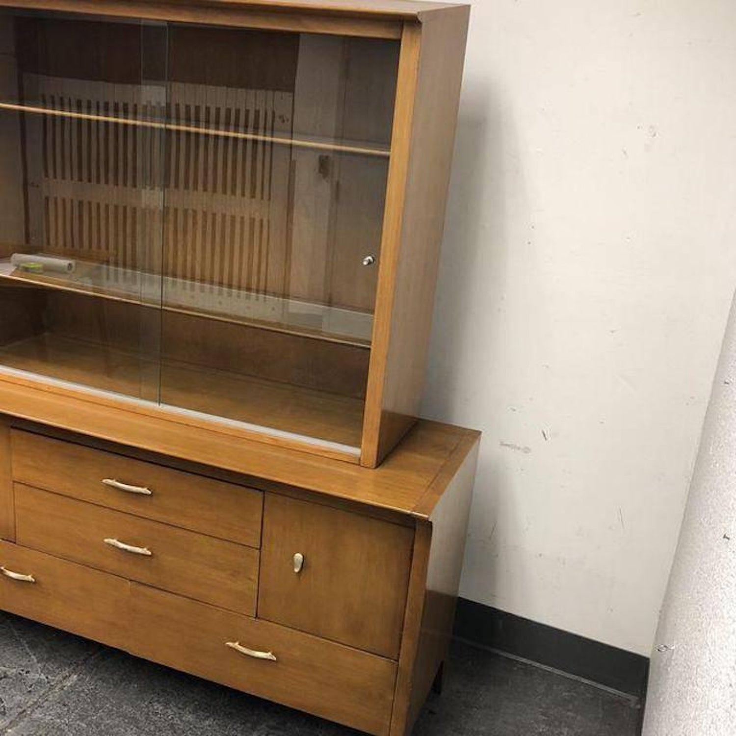 credenza hutch hill heritage sauder products