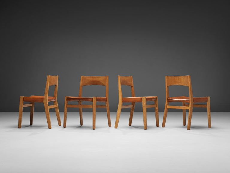 Scandinavian Modern JohnVedel-Rieper Set of 12 Dining Chairs in Oak and Leather For Sale