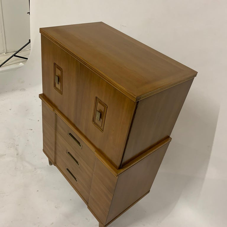 John Widdicomb Gentleman's Chest, Dresser w. Cabinet Solid Wood w Brass Hardware For Sale 1