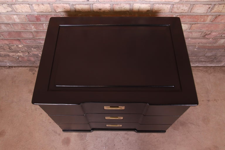John Widdicomb Hollywood Regency Black Lacquered Bedside Chest, Newly Refinished For Sale 6