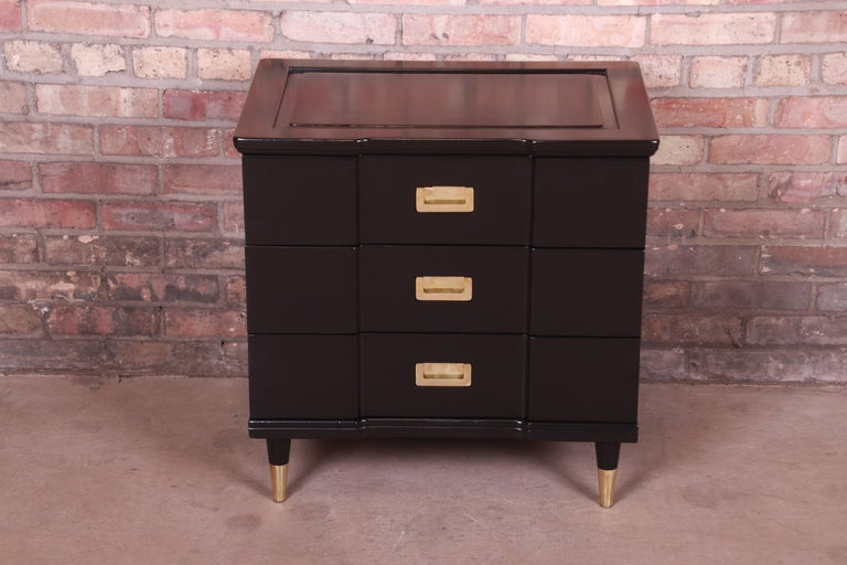 Mid-Century Modern John Widdicomb Hollywood Regency Black Lacquered Bedside Chest, Newly Refinished For Sale