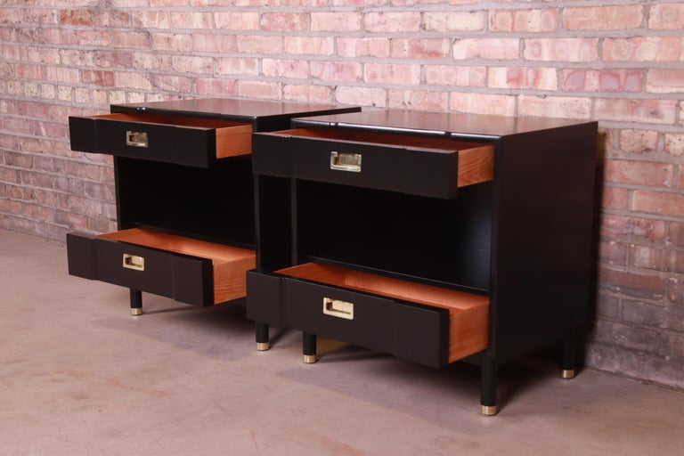 John Widdicomb Mid-Century Modern Black Lacquered Nightstands, Newly Refinished 7